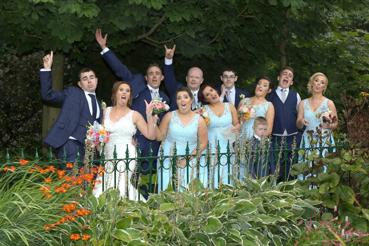 Bride Amanda, Groom Shane and Bridal Party